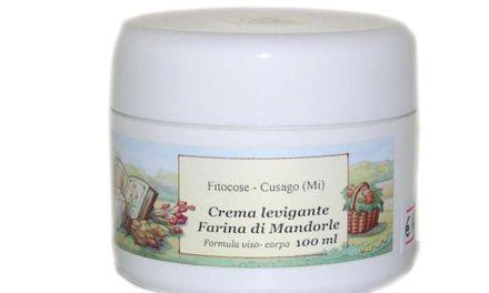 Crema Levigante Farina di Mandorle – Fitocose | Recensione