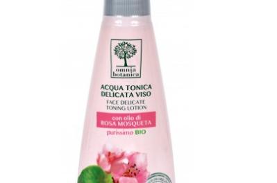 Acqua tonica delicata viso alla Rosa Mosqueta – Omnia Botanica | Recensione